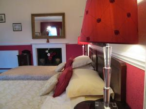 Priskilly Forest Country House, Case di campagna  Fishguard - big - 4