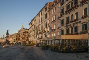 Hotel Pensione Wildner - AbcAlberghi.com