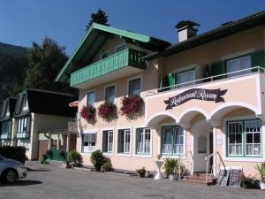 Rosam, Vendégházak  Sankt Gilgen - big - 20