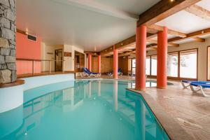 Lagrange Vacances L'Arollaie**** - Hotel - Peisey-Vallandry
