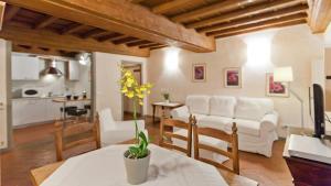Santa Croce Apartment I 2