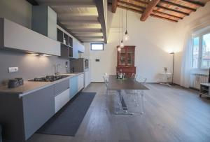 Apartments Florence Pepi attic - AbcAlberghi.com