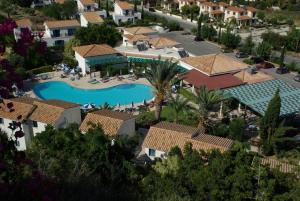 Hylatio Tourist Village, Апарт-отели  Писсури - big - 61