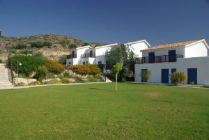Hylatio Tourist Village, Апарт-отели  Писсури - big - 56