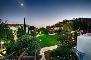 Hylatio Tourist Village, Апарт-отели  Писсури - big - 82