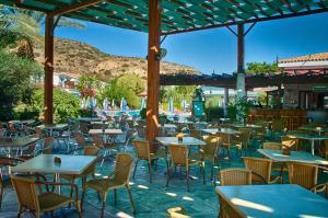 Hylatio Tourist Village, Апарт-отели  Писсури - big - 86