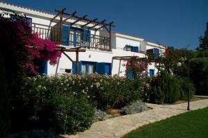 Hylatio Tourist Village, Апарт-отели  Писсури - big - 94