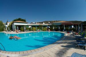 Hylatio Tourist Village, Апарт-отели  Писсури - big - 96