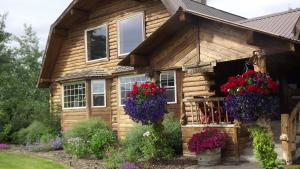 Fin and Feather Inn - Accommodation - Victor