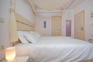 The Saint Vlassis, Hotels  Naxos Chora - big - 13
