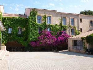 Location gîte, chambres d'hotes Les Voiles d'Azur dans le département Var 83