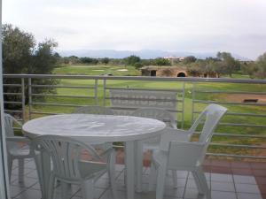 Montero VIII by Golfinc - Sant Jordi