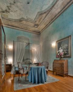Hotel Palazzo dal Borgo - AbcAlberghi.com