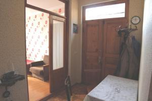 Guesthouse Pirosmani, Penziony  Bordžomi - big - 5