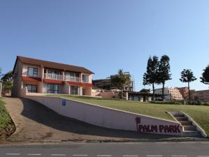 First Group Palm Park, Appartamenti  Margate - big - 11