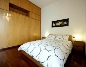 Corner House - abcRoma.com