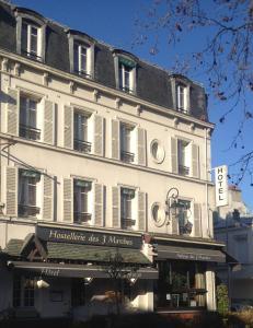 L'Auberge des 3 Marches, Hotely - Le Vésinet