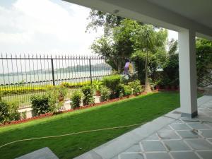 Lago villa, Bed & Breakfasts  Bhopal - big - 23