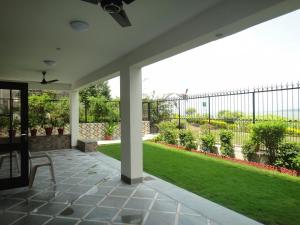 Lago villa, Bed & Breakfasts  Bhopal - big - 20