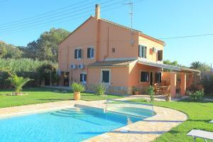 Villa Livadi, Vily  Magouládes - big - 5