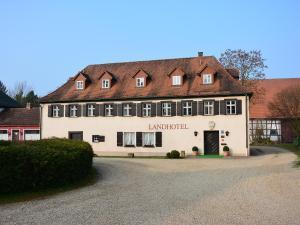 Landhotel Schloss Buttenheim - Drosendorf