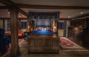 Long Crendon Manor (10 of 20)