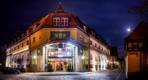 Hotel im. Jana Pawła II - Wrocław