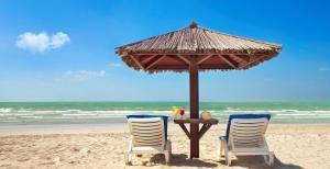 Coral Beach Resort Sharjah, Курортные отели  Шарджа - big - 20