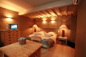 Residentie De Laurier, Гостевые дома  Кнокке-Хейст - big - 1
