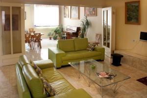 Central Apartment, Ferienwohnungen  Jerewan - big - 9