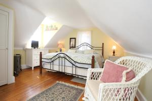 Beauclaires Bed & Breakfast, Bed & Breakfasts  Cape May - big - 48