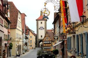 Historik Hotel Goldener Hirsch Rothenburg - Eckartshof