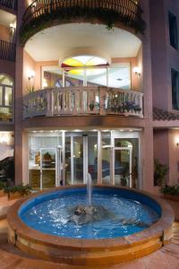 Hotel Trevi Riccione - AbcAlberghi.com