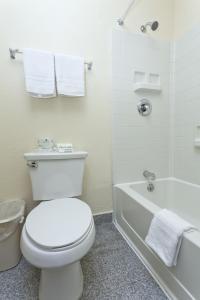 National 9 Inn - Placerville, Hotely  Placerville - big - 62