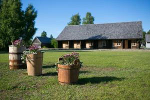 Holiday Village Suur Töll, Курессааре