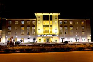 Grand White City Hotel, Отели  Берат - big - 42