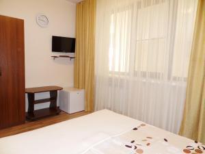Guest House Demetra, Vendégházak  Vityazevo - big - 76