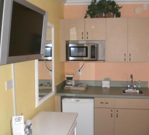 Pelican Pointe Hotel, Motely  Clearwater Beach - big - 37