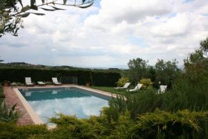 Villa Il Poggiarone, Villas  Montepulciano - big - 17