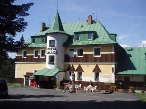 Albergues - Hotel Gradl