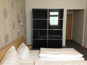 Hotel Oldenburger Hof, Отели  Биркенфельд - big - 18