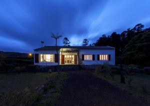 Lake View House, Vidiecke domy  Sete Cidades - big - 9