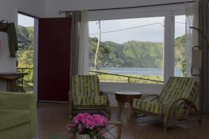 Lake View House, Vidiecke domy  Sete Cidades - big - 13