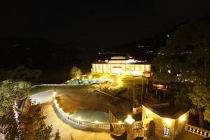 Waterfront Resort (17 of 28)