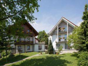Gästehaus Huber - Immenstaad am Bodensee