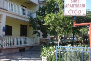 Apartments CICO Starigrad Paklenica, Ferienwohnungen  Starigrad-Paklenica - big - 59