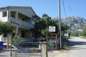 Apartments CICO Starigrad Paklenica, Ferienwohnungen  Starigrad-Paklenica - big - 64