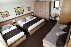 Rooms Barba Niko near Zagreb Airport