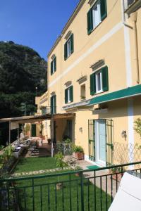 Torre Dello Ziro - AbcAlberghi.com