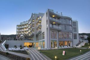 Moonlight Hotel - All Inclusiv..
